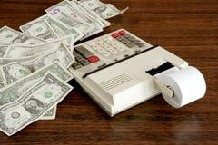 O dólar anota o vintage do escritório do contabilista da calculadora Foto de Stock Royalty Free