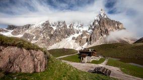 O della Pala de Cimon igualmente chamou o Matterhorn das dolomites fotos de stock royalty free