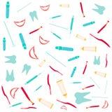 O dentista utiliza ferramentas o fundo Imagens de Stock Royalty Free