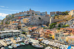 O DES Auffes de Vallon é pouco abrigo tradicional da pesca em Marselha Imagens de Stock Royalty Free