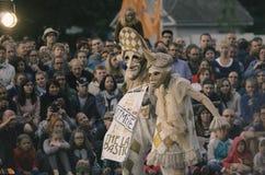 O desempenho das bonecas de vagueamento do ` do teatro do ` do senhor Pezho Imagem de Stock Royalty Free