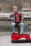 O desempenho de músicos da rua está em Lviv Fotos de Stock Royalty Free