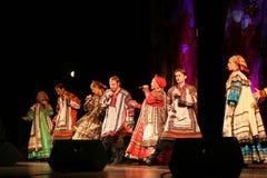 O desempenho na fase do cantor popular nacional do babkina do nadezhda das músicas do russo e da música do russo do teatro Foto de Stock Royalty Free