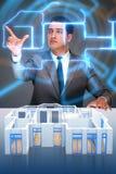 O desenhista que trabalha no projeto futurista do apartamento 3d Imagem de Stock
