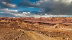 O deserto do Negev famoso em Israel no por do sol Timelapse video estoque