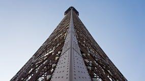 O detalhe arquitetónico disparou da torre Eiffel em Paris, França fotos de stock