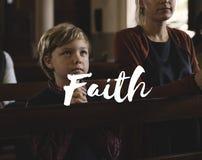 O deus da adoração acredita a palavra da fé da religião imagens de stock