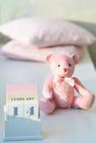 O dia de Valentim no calendário Fotos de Stock Royalty Free