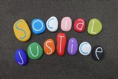 O dia do mundo de justiça social comemorou em fevereiro com pedras coloridas ilustração do vetor