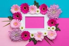 O dia do ` s do dia, do Valentim do ` feliz s do dia, das mulheres do ` s da mãe ou os doces pasteis do aniversário colorem o fun Fotografia de Stock Royalty Free