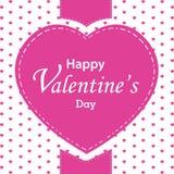 O dia e o coração grande de Valentim no fundo branco Coração cor-de-rosa no dia de Valentim Imagem de Stock