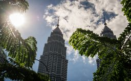 O dia em KLCC, Kuala Lumpur, Malásia fotos de stock royalty free