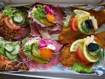 O dinamarquês de Smoerrebroed aberto enfrentou sanduíches Fotos de Stock