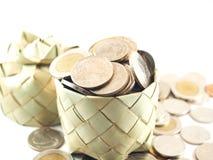 O dinheiro, as moedas completamente, a coleção e salvar o dinheiro Imagem de Stock Royalty Free