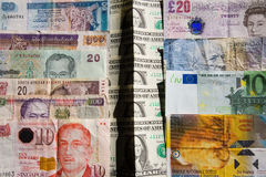 O dinheiro está dividindo países Imagem de Stock Royalty Free