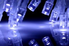 O diodo emissor de luz fresco do azul ilumina o close up com reflexão Imagem de Stock Royalty Free