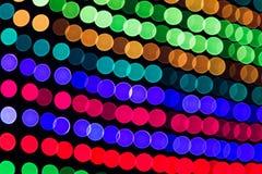 O diodo emissor de luz obscuro do DJ ilumina o painel Fotos de Stock