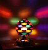 O disco colorido ilumina a bola Foto de Stock