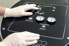 O dispositivo médico moderno para a agulha livra mesotherapy Fotografia de Stock Royalty Free
