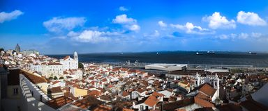 O distrito do alfama, Lisboa, Portugal Imagens de Stock