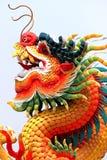 O dragão da escultura chinesa. Imagens de Stock