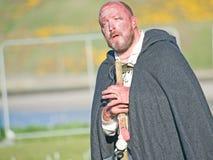 O Druid comperes o festival celta do incêndio Imagem de Stock