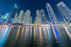 O Dubai - 10 de janeiro de 2015: distrito do porto sobre Fotografia de Stock
