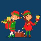 O duende de Santa Claus caçoa o traje tradicional dos caráteres dos duendes das crianças da ilustração do Natal do vetor dos ajud Fotografia de Stock Royalty Free
