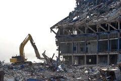 O edifício é demulido Fotografia de Stock Royalty Free