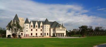 O edifício europeu do estilo Imagens de Stock Royalty Free