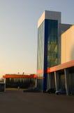 O edifício moderno fotografia de stock