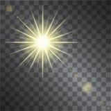 O efeito da luz morno amarelo, sol irradia no fundo transparente Foto de Stock