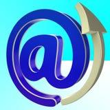 O Em-Símbolo mostra o email com a tecnologia do Internet Fotos de Stock Royalty Free