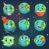 O emoji engraçado bonito da terra do mundo que mostra emoções diferentes ajustou-se de ilustrações coloridas do vetor dos caráter ilustração stock