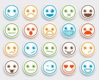 O emoticon do vetor da cara do smiley ajustou-se na etiqueta lisa branca do ícone Imagens de Stock Royalty Free