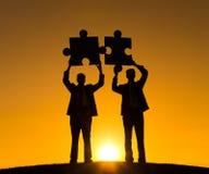 O enigma do negócio conecta o conceito da parceria da cooperação Imagens de Stock Royalty Free