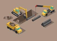 O escavador grande amarelo constrói gigging das estradas dos tubos da terra e do grupo do furo fotografia de stock
