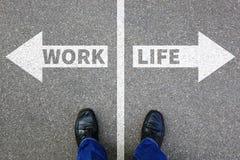 O esforço da vida do equilíbrio da vida do trabalho forçado relaxa bu relaxado da saúde Foto de Stock