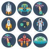 O espaço stars estrangeiros e astronautas lisos das naves espaciais Foto de Stock Royalty Free