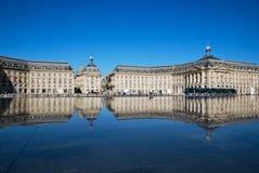 O espelho na cidade do Bordéus Fotografia de Stock Royalty Free