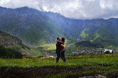 o esplendor das montanhas de Cáucaso Foto de Stock Royalty Free