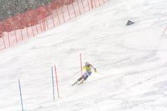 O esquiador compete dentro durante o super de Audi FIS o Ski World Cup Women alpino combinado o 28 de fevereiro de 2016 em Soldeu fotos de stock royalty free