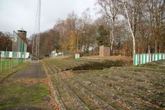 O estádio de futebol abandonado em Wageningen nomeou a icebergue de Wageningse fotos de stock royalty free