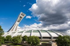 O Estádio Olímpico em Montreal, Canadá imagem de stock royalty free