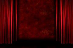 O estágio sujo antiquado vermelho drapeja ilustração royalty free