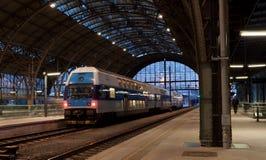 O estação de caminhos-de-ferro em Praga Fotografia de Stock Royalty Free