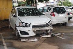 O estado de um carro deteriorado que seja coisa inoperável fotografia de stock
