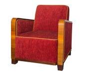 O estilo de Art Deco estofou a poltrona vermelha com os braços de madeira angulares Imagem de Stock
