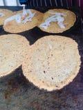 O estilo tailandês nativo da sobremesa friável dos crepes Fotografia de Stock