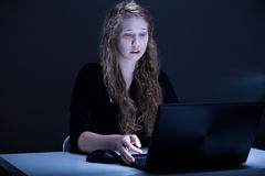 O estudante novo é assustado Imagens de Stock Royalty Free